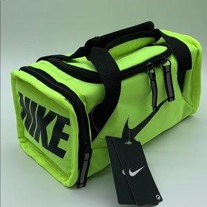 Nike Brasilia Fuel Pack